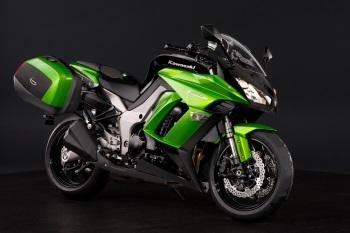 Kawasaki Z1000SX tyres