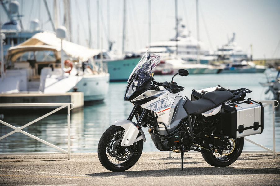 KTM 1290 Super Adventure - adventure bike of the year