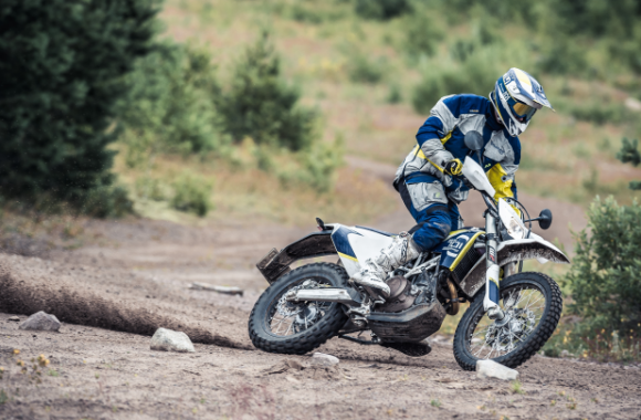 Husqvarna 701 Enduro test