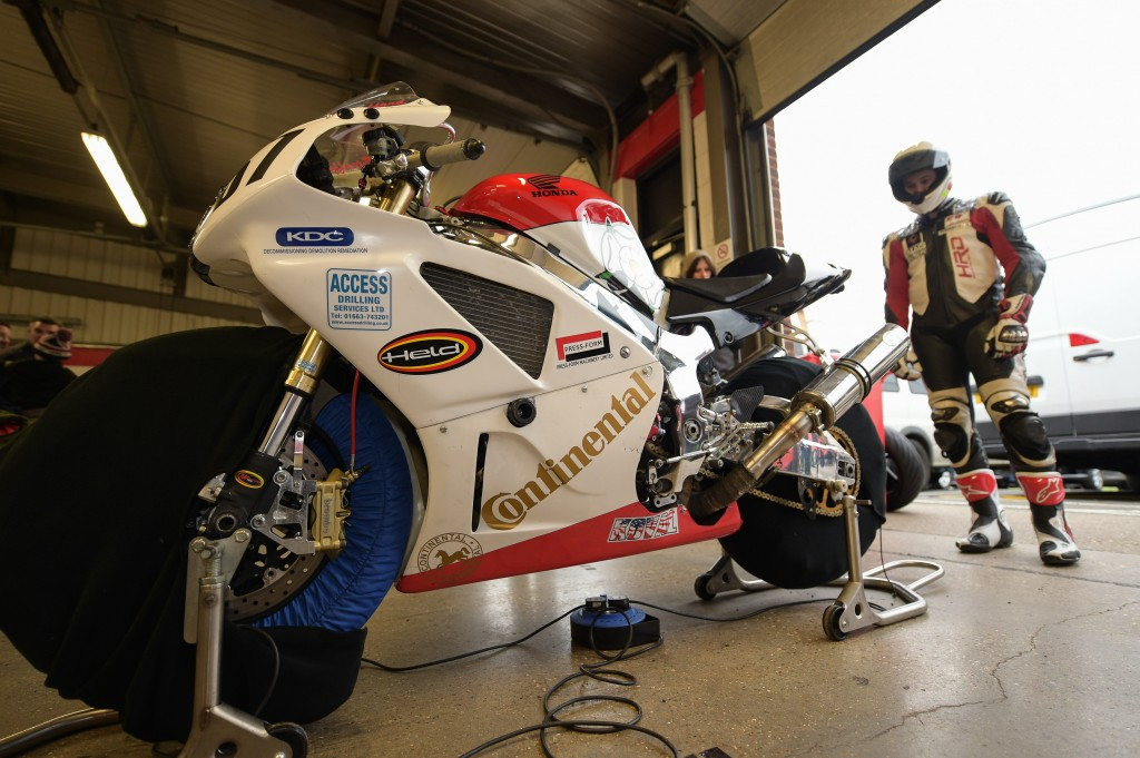 Thundersport Brands Hatch 2016 March