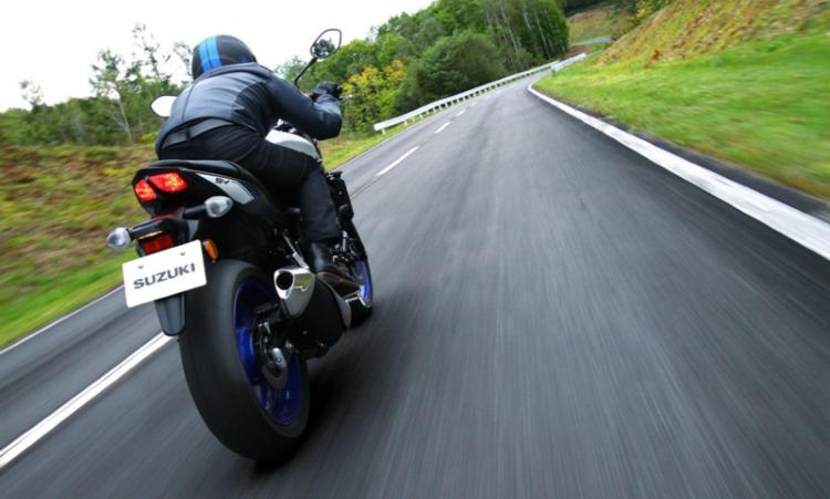 Suzuki SV650 tyres