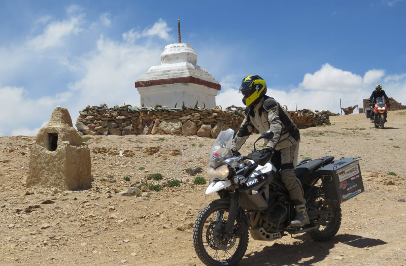 GlobeBusters motorcycle expeditions tyres